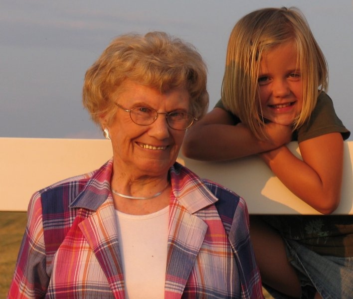 grandma-06-vacation_26390319396_o