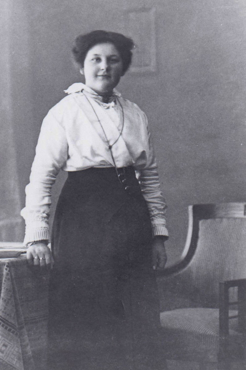 Bakker-Mem-born-July-6-1896
