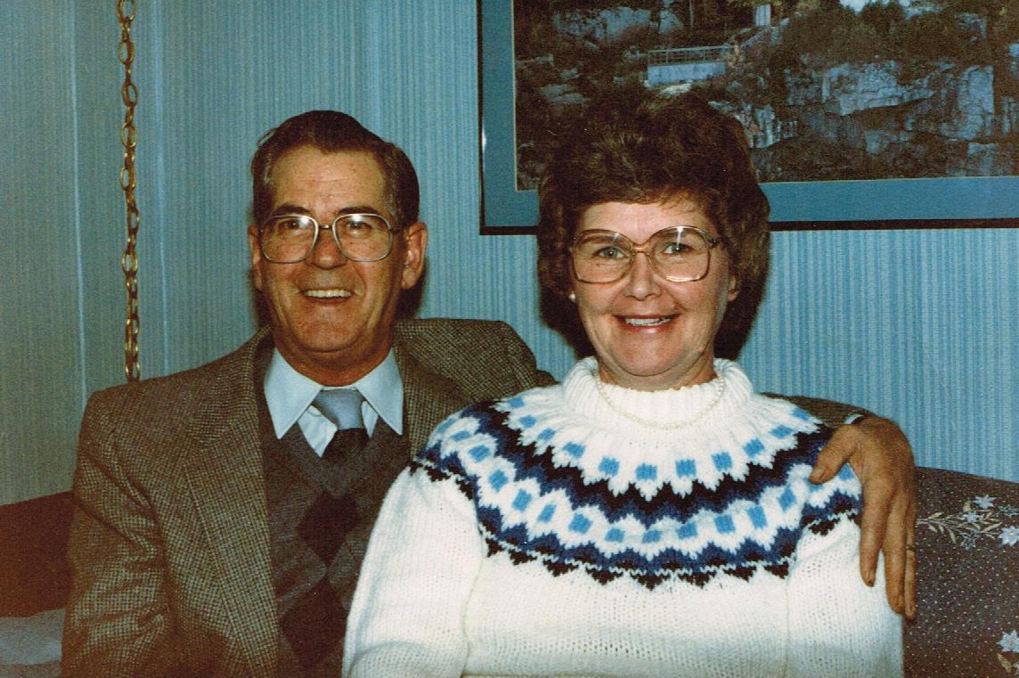 19-Mom-Dad-1986