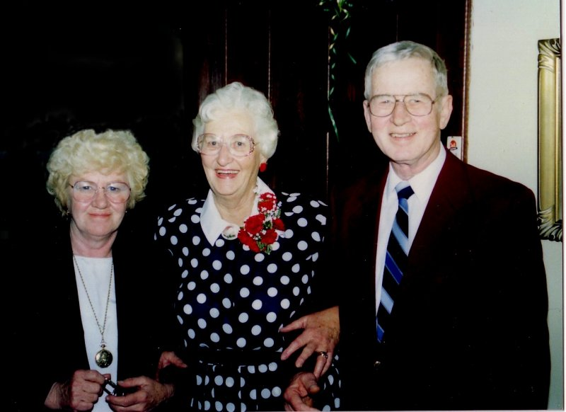 Mom with Barb and Bruce Buckles.jpg