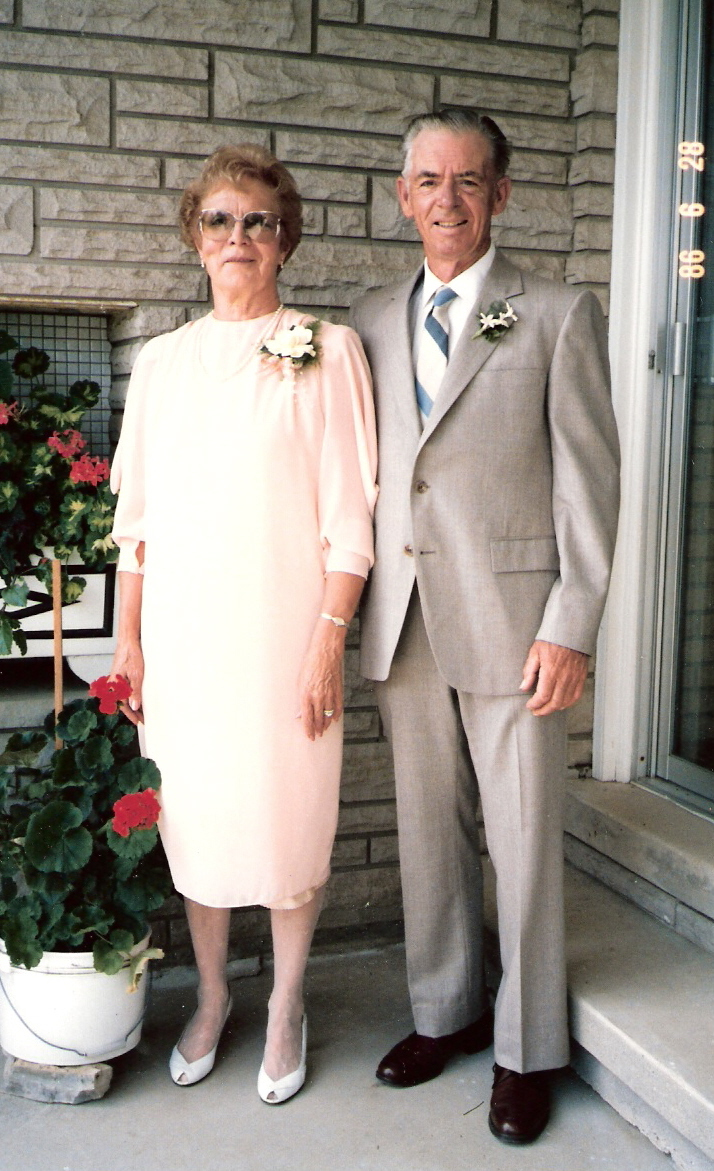 135b-Mom-and-Dad-1986
