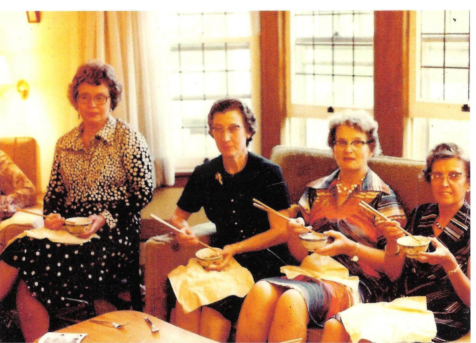 1980-Aunt-Doris-33