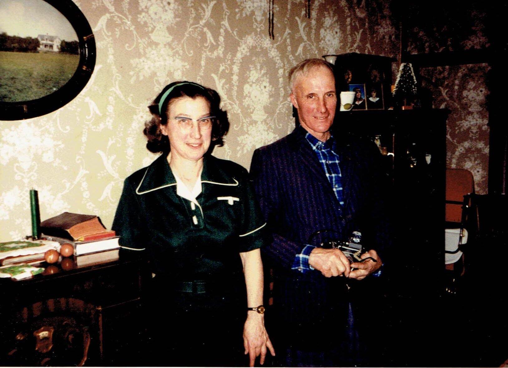 1981-DorisAndRonald