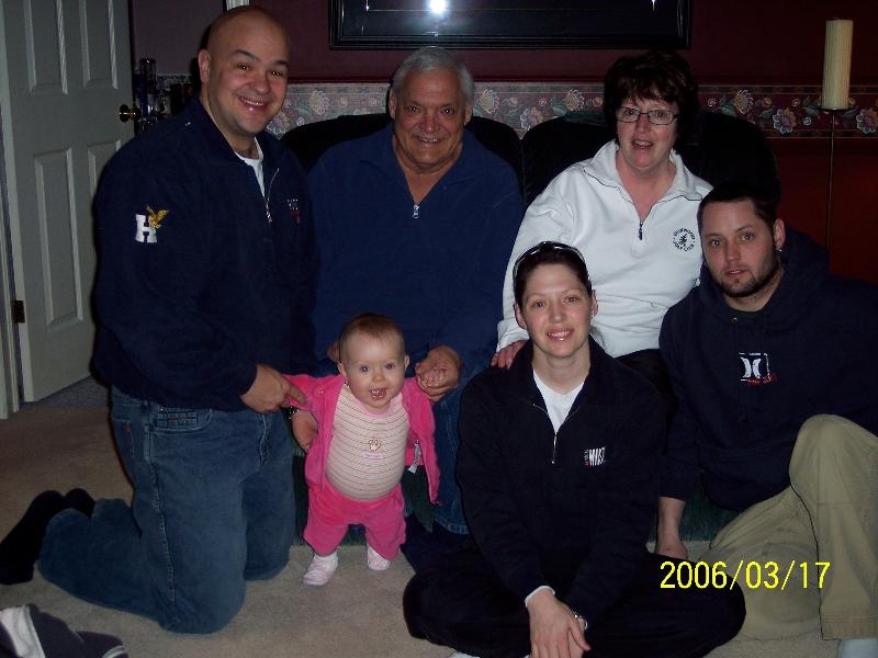 for-internet-slideshow-family-photo