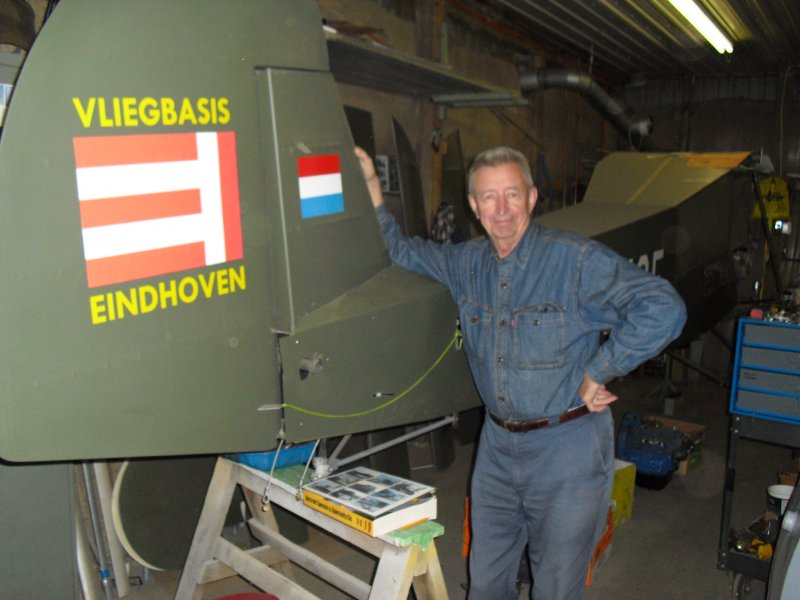 Mike Frijters and his storch airplane 2