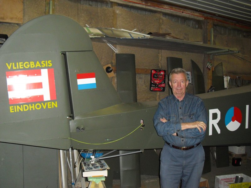 Mike Frijters and his storch airplane