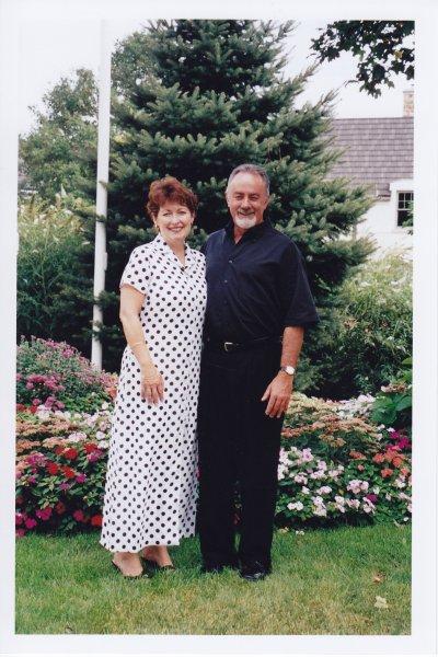 226. Sept 2002- Deb & Bruce Grant