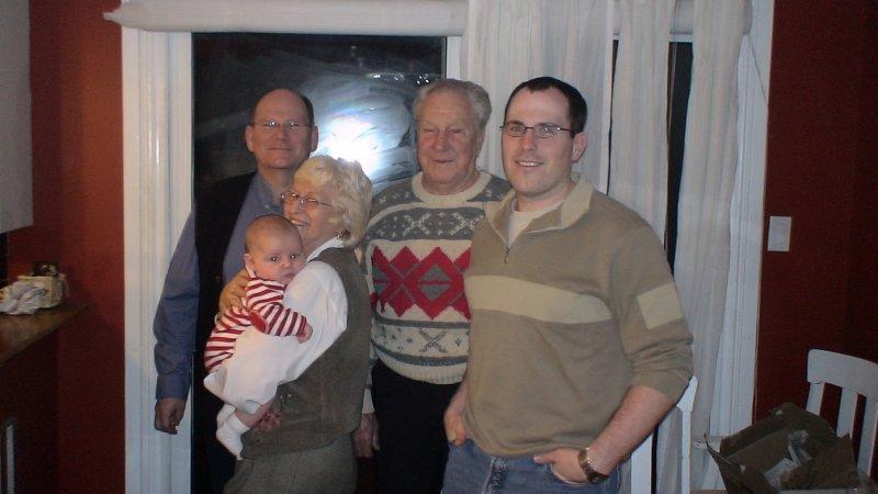 Christmas 2005 photo1