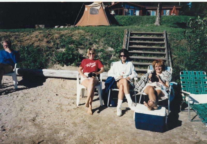 Cottage beach 1988