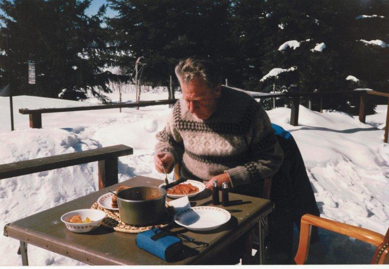 Cottage winter 1988-2