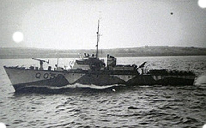 Dads first boat in the war hmcmlq055