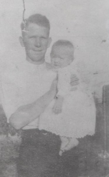 Dorothy 8 months with Dad Dorothy born 1917
