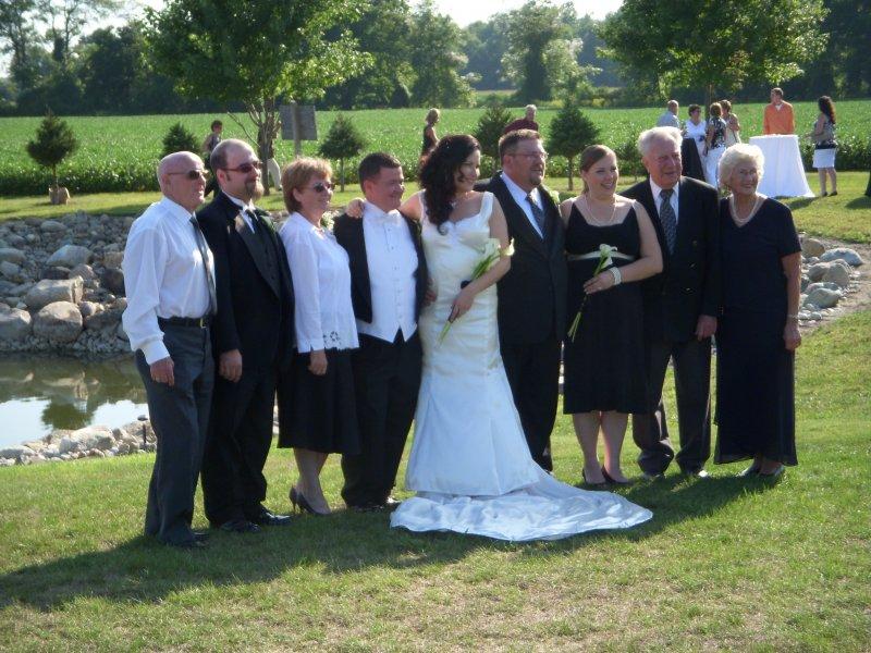 Jennys wedding family photo