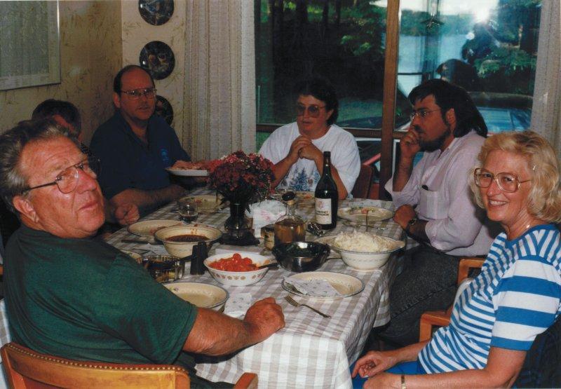 cottage family dinner mid 90's-1