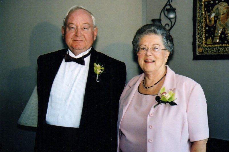 Mom&Dad (2)