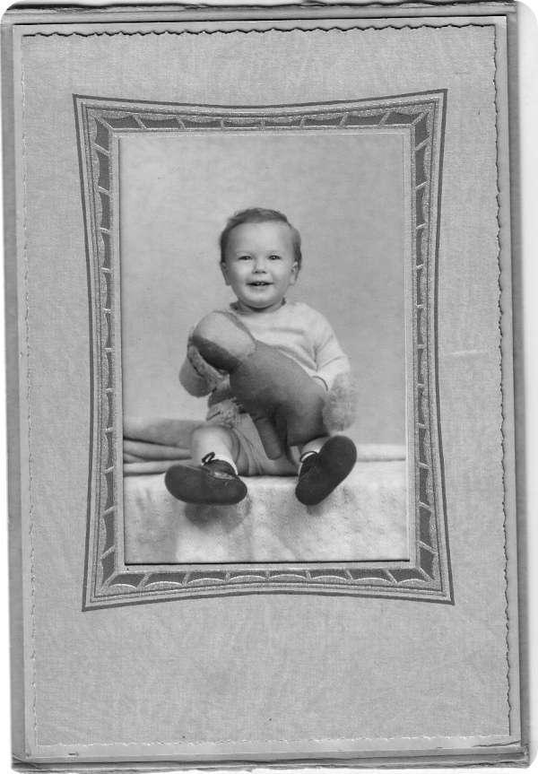 2-Albert-Walter-McCarthy-10-months-Photos0001