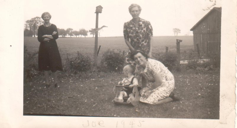 Aunt Tess, Grandma Morkin, Mom and Joe (1945)