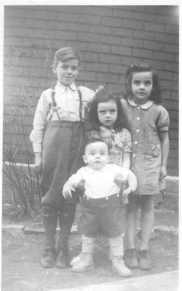 John Betty, Theresa & Gerald O'Leary