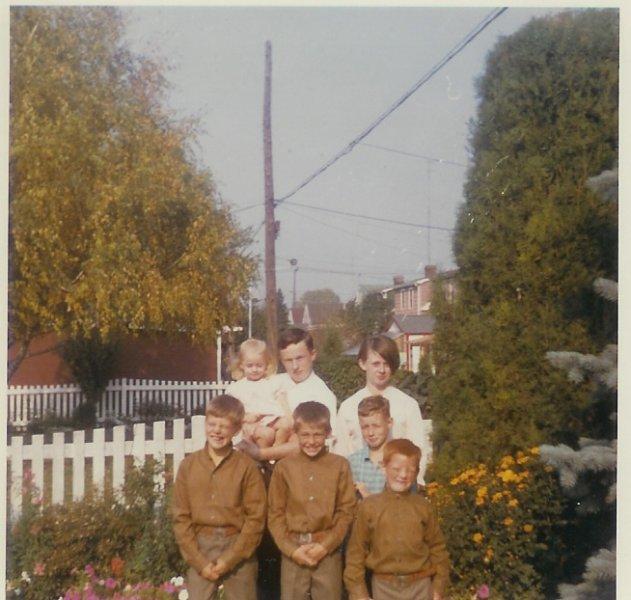 Pat, Maureen, Dan, Shelagh, & Uncle Jim, & Aunt Stella