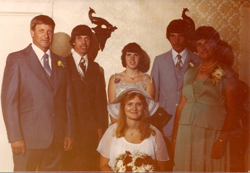 Ross Cherly Wedding with Siblings