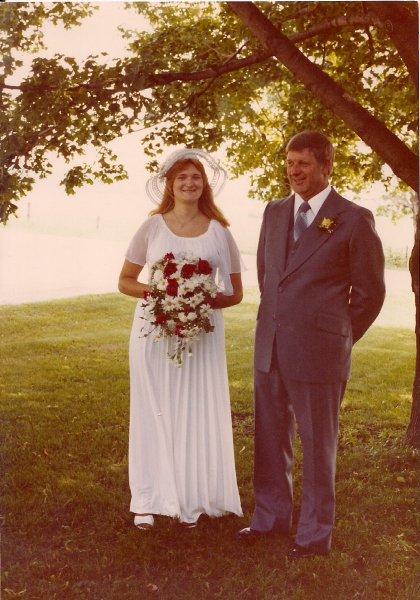 Ross Cheryl Wedding Smiling