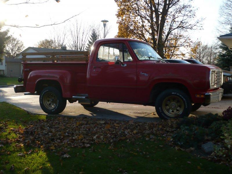 1977 Dodge Truck 003
