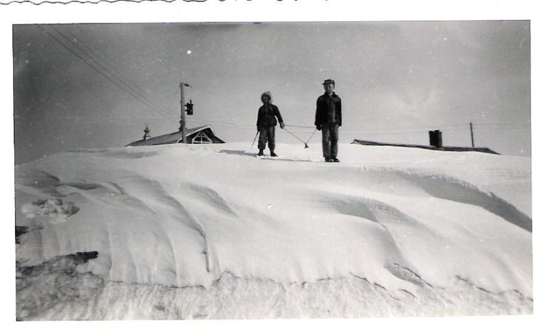 1956-saskatchewan-winter-doug-and-ron
