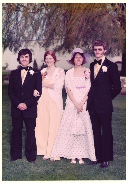 1974-05-18-ron-sues-wedding-david-r-d