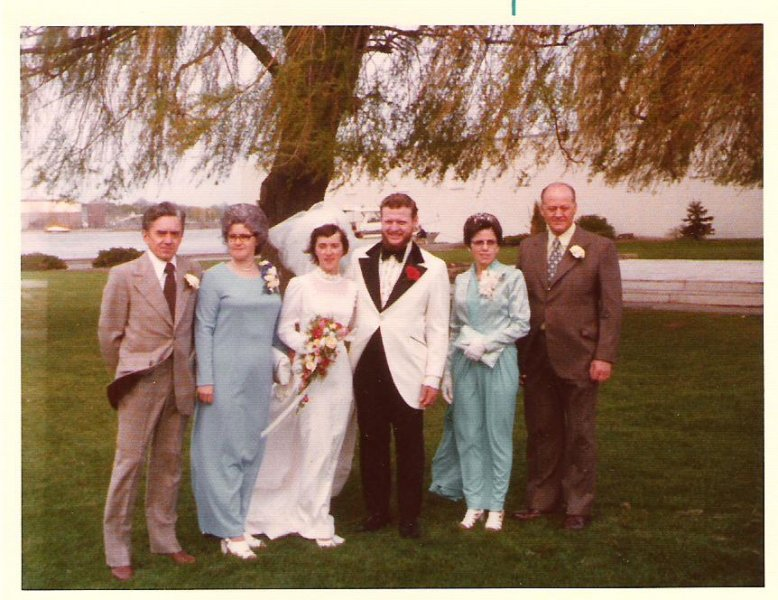 1974-05-18-trenton-ron-sues-wedding