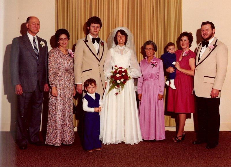 1979-12-29-doug-robertas-family