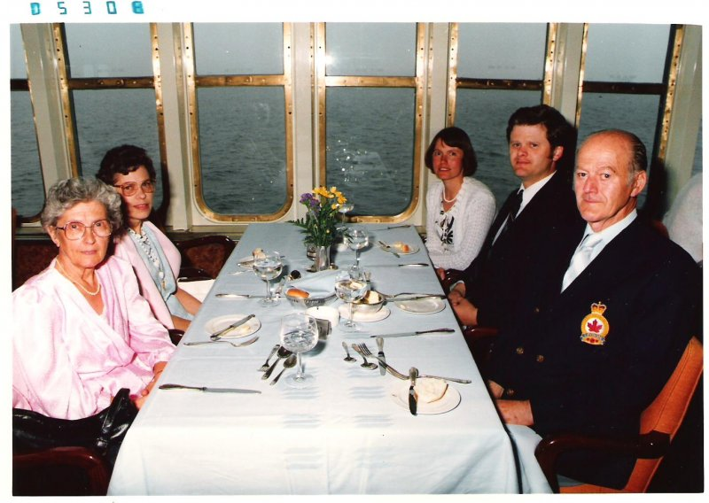 1986-may-dinner-on-the-noordam-alaska-cruise