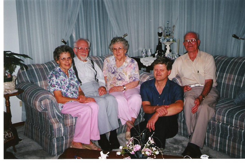 1999-08-12-josie-don-ruth-doug-humphery