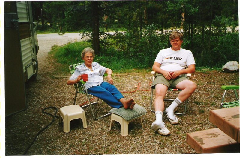 2002-07-13-lake-louise-campsite