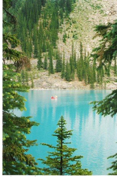 2002-07-13-moraine-lake-alberta