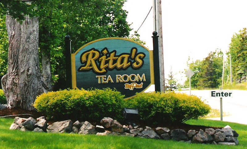 2005-06-24-big-pond-cape-breton-island-ritas-tea-room