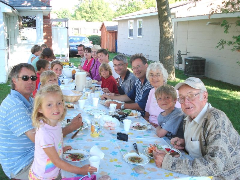 famous-shapton-cottage-picnics
