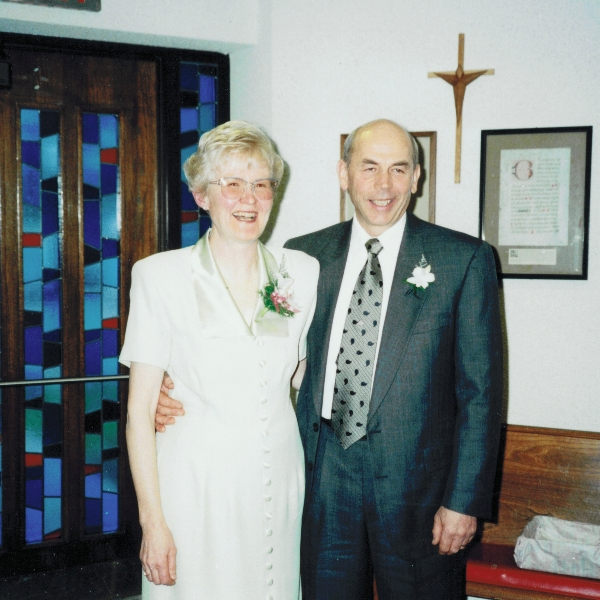 mum_and_dad_at_churchill_wedding