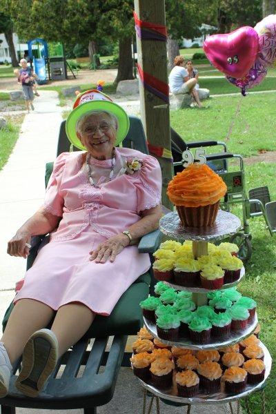 Grandma Tiny 95th likes cupcakes