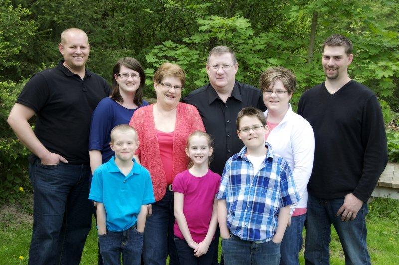 2013-05-18 - FamilyPhoto-altogether