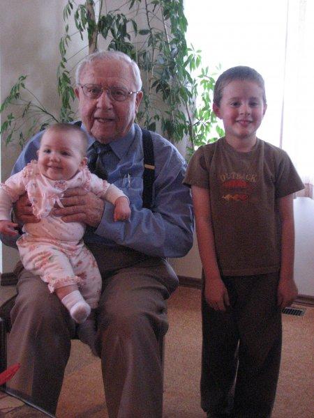 GG Grandpa w Dimitri, Lydia
