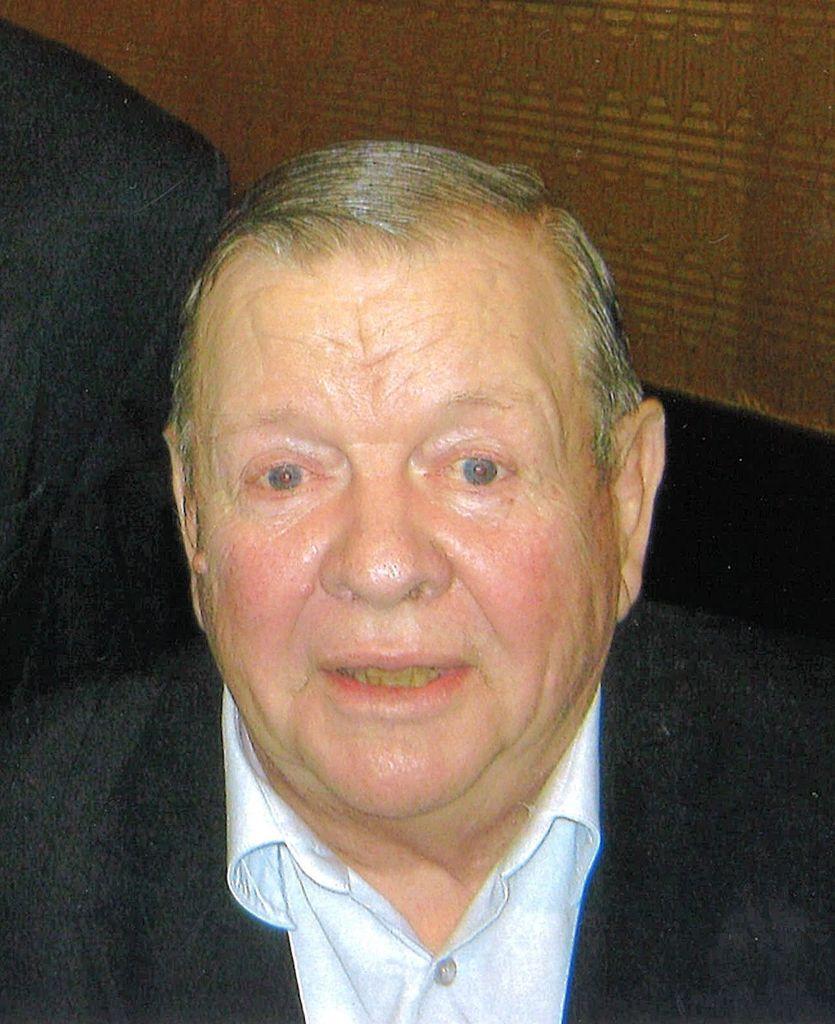 G. ArnoId  Campbell