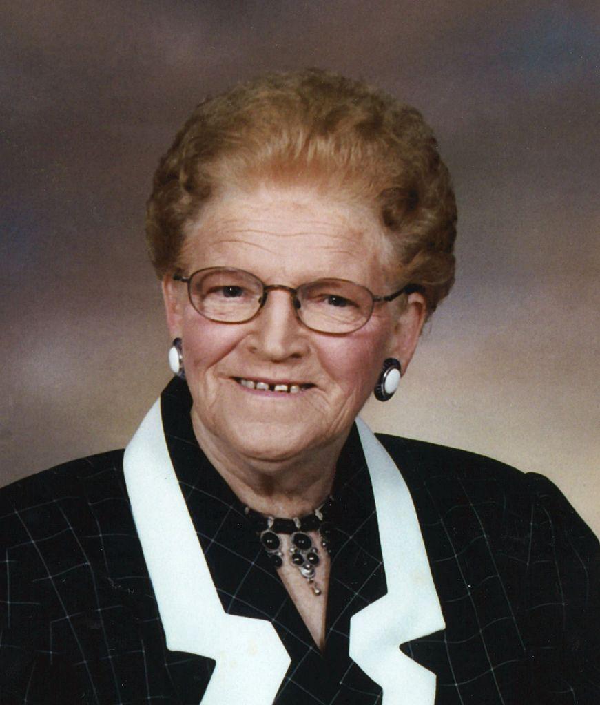 Maxine  Marks