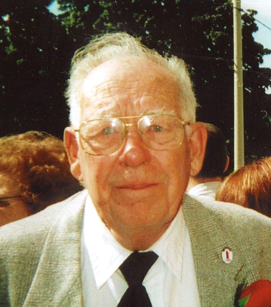 Herbert  Staffen