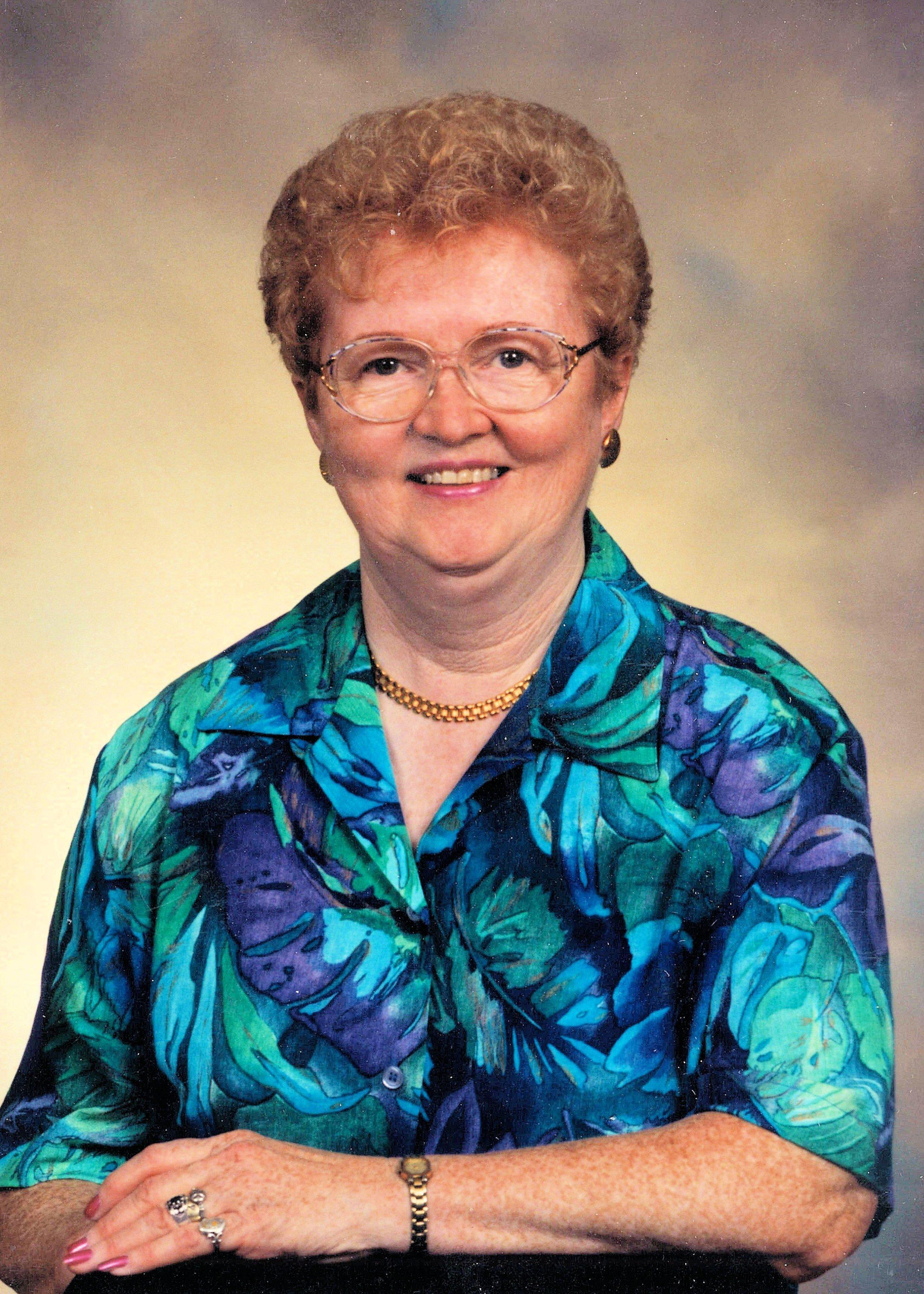 Dorothy  DiIIon