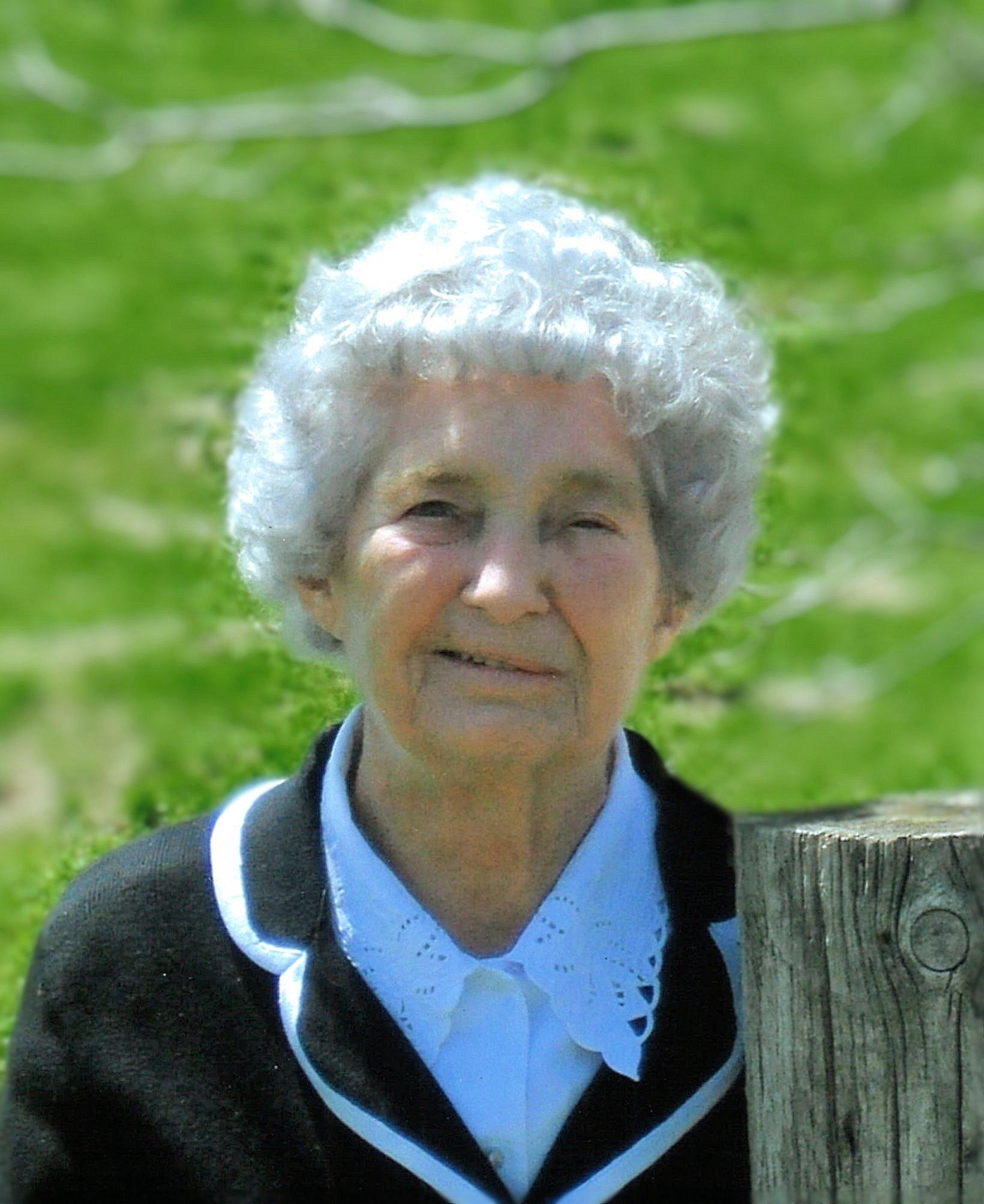 Lillian Nivins NichoIson