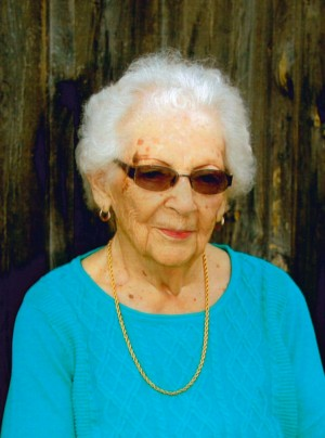 """MUNN: Thelma """"Jean"""" (Taylor) of Exeter"""