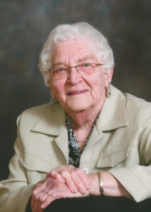 O'NEIL: Evelyn (McRoberts) of Lucan and formerly of Denfield