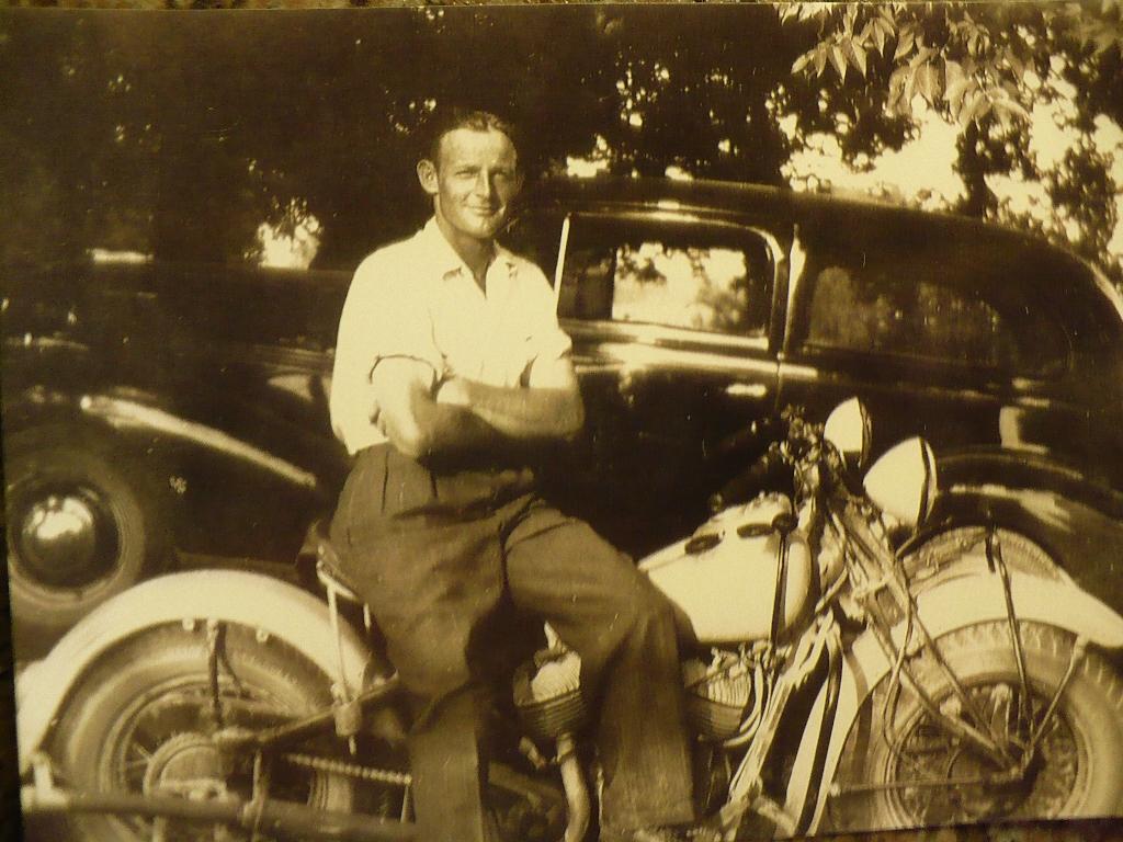 Ronald  MacGregor