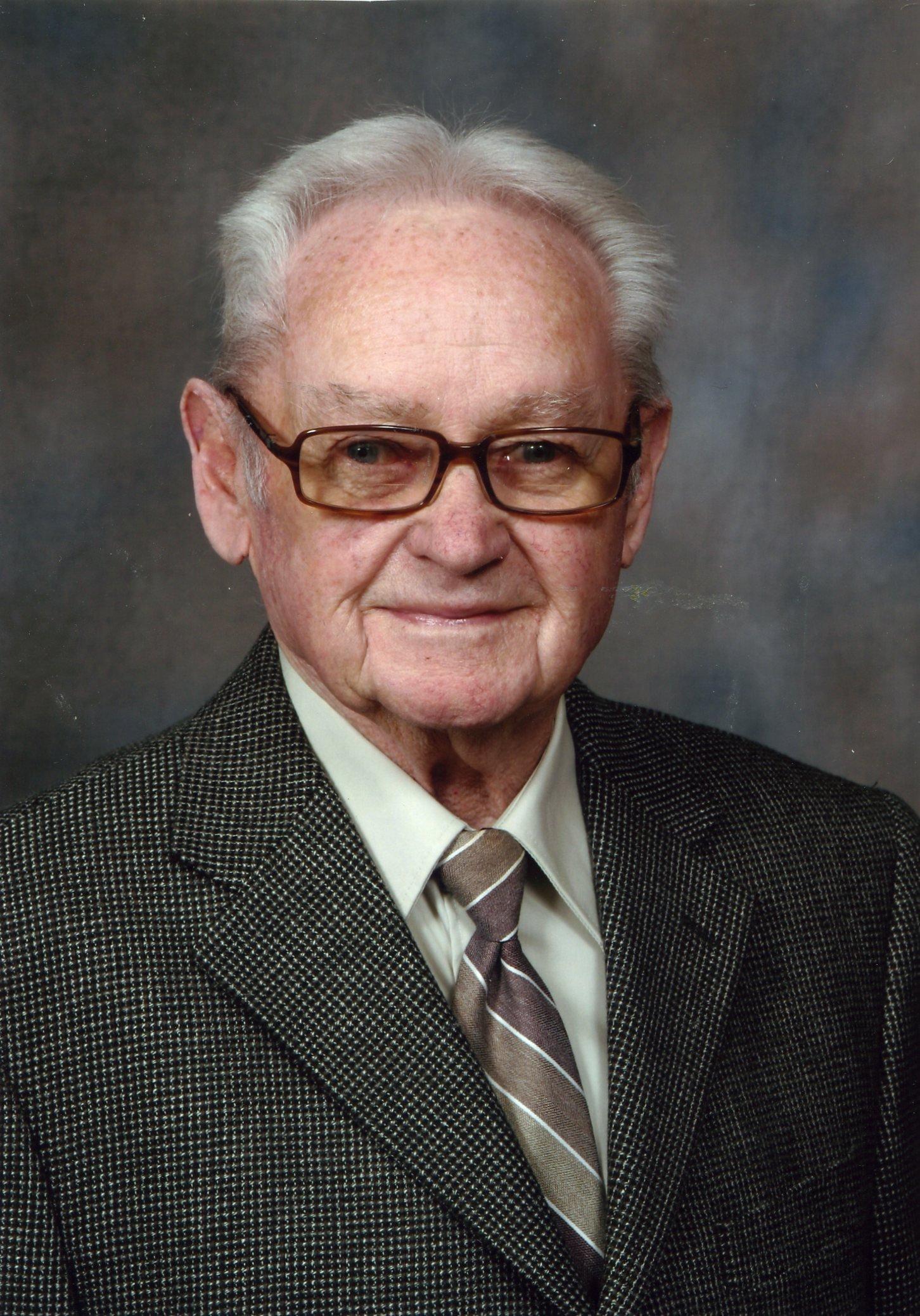 Raymond  Coombs