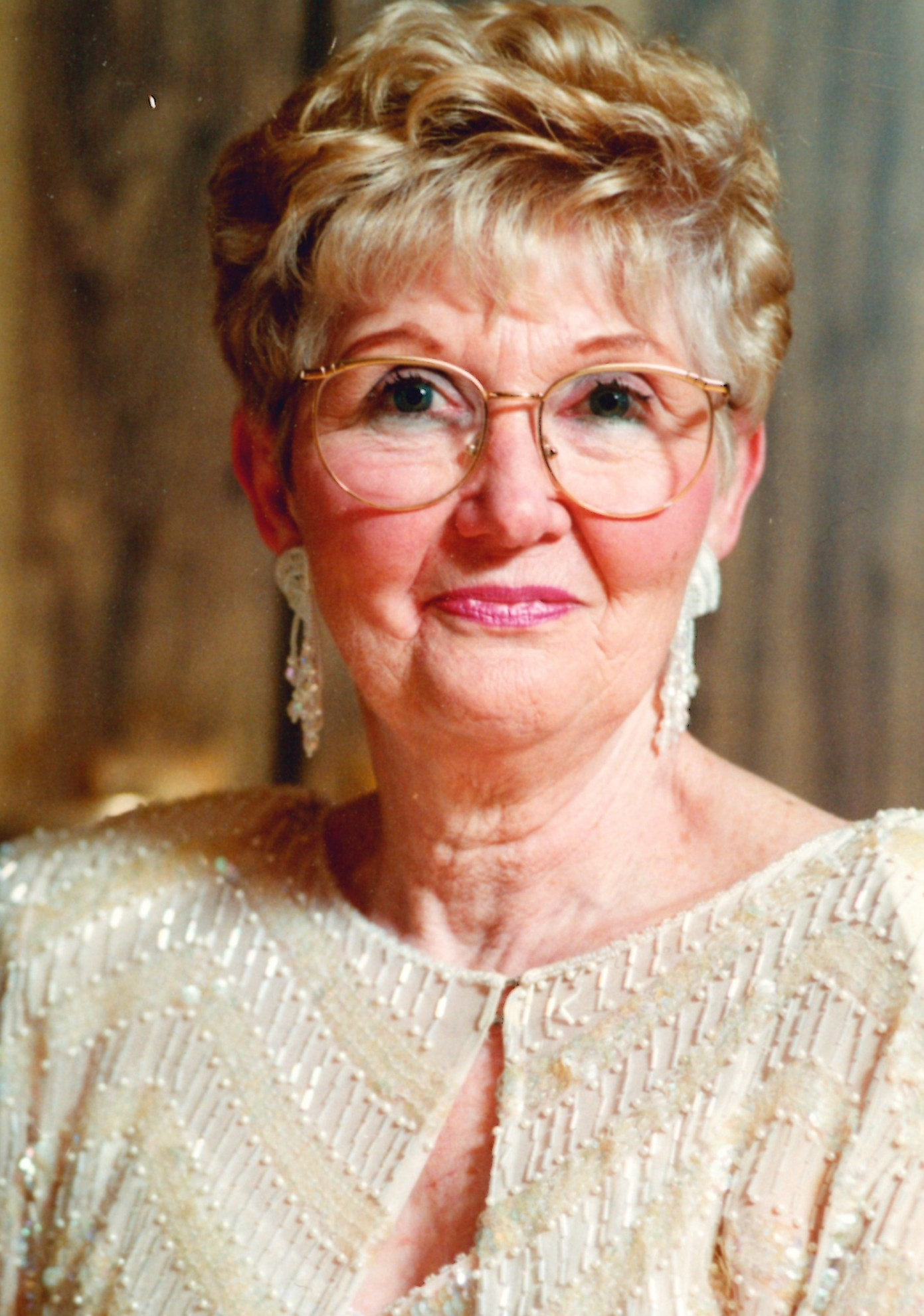VAN DEN NEUCKER: Barbara Ann (Marshall) of Clinton